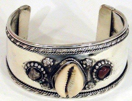 Bracelet2001z.jpg