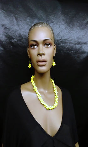 Yellow-Beaded-Nigerian-Neck