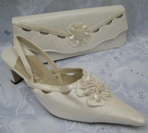 african-shoes2013z.jpg