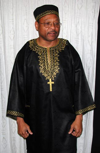 black-dashiki-cross-shirt01.jpg