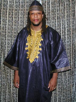 dashiki-shirt2011-zoom.jpg