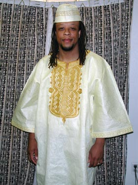 dashiki-shirt2012-zoom.jpg