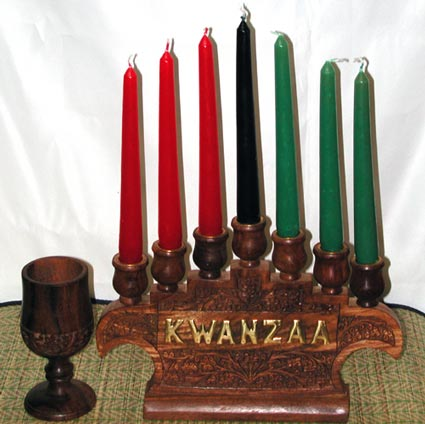 Kwanzaa Kinara Candle Holder With 7 Candles