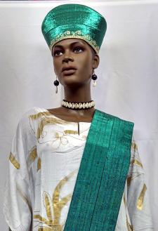 african crown or hat